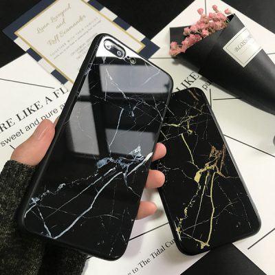 5-phone-cases-for-girls-who-only-wear-black